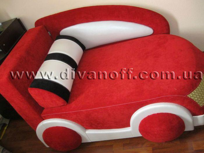 диван драйв красного цвета