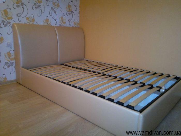 Кровать Александрия, бежевый кожзам