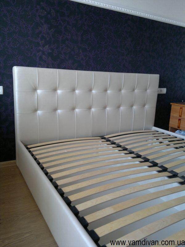 Кровать Стелла, белый кожзам